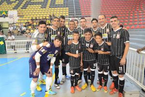 eaff192757 Atletas do futebol de campo tem formação nas categorias de base do Futsal  Corinthiano
